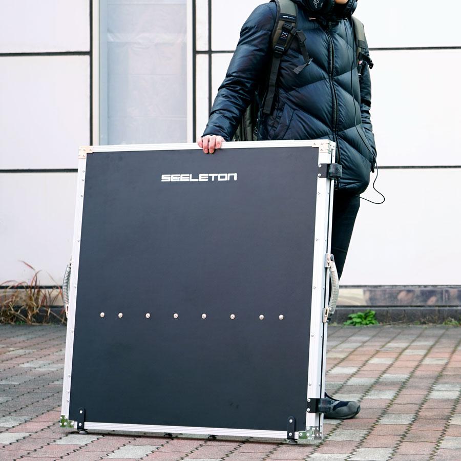 実用性・機能性・機動力を兼ね備えたSEELETON DJテーブル