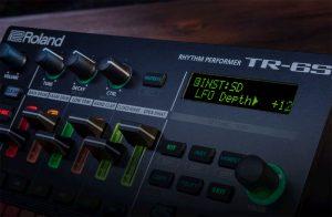 リズムマシンTR-8Sをベースに開発されたコンパクトな6トラック版TR[TR-6S]が発売!
