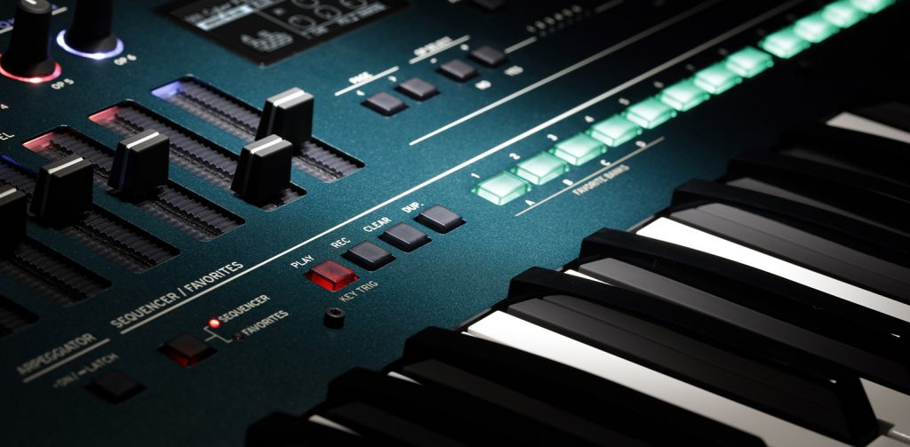 KORG opsix FMシンセサイザー 16ステップシーケンサー画像