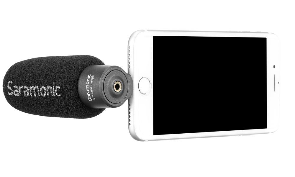 Saramonic SmartMic+ Di Lightning端子入力 コンパクトマイクをiphoneに接続した時のイメージ画像