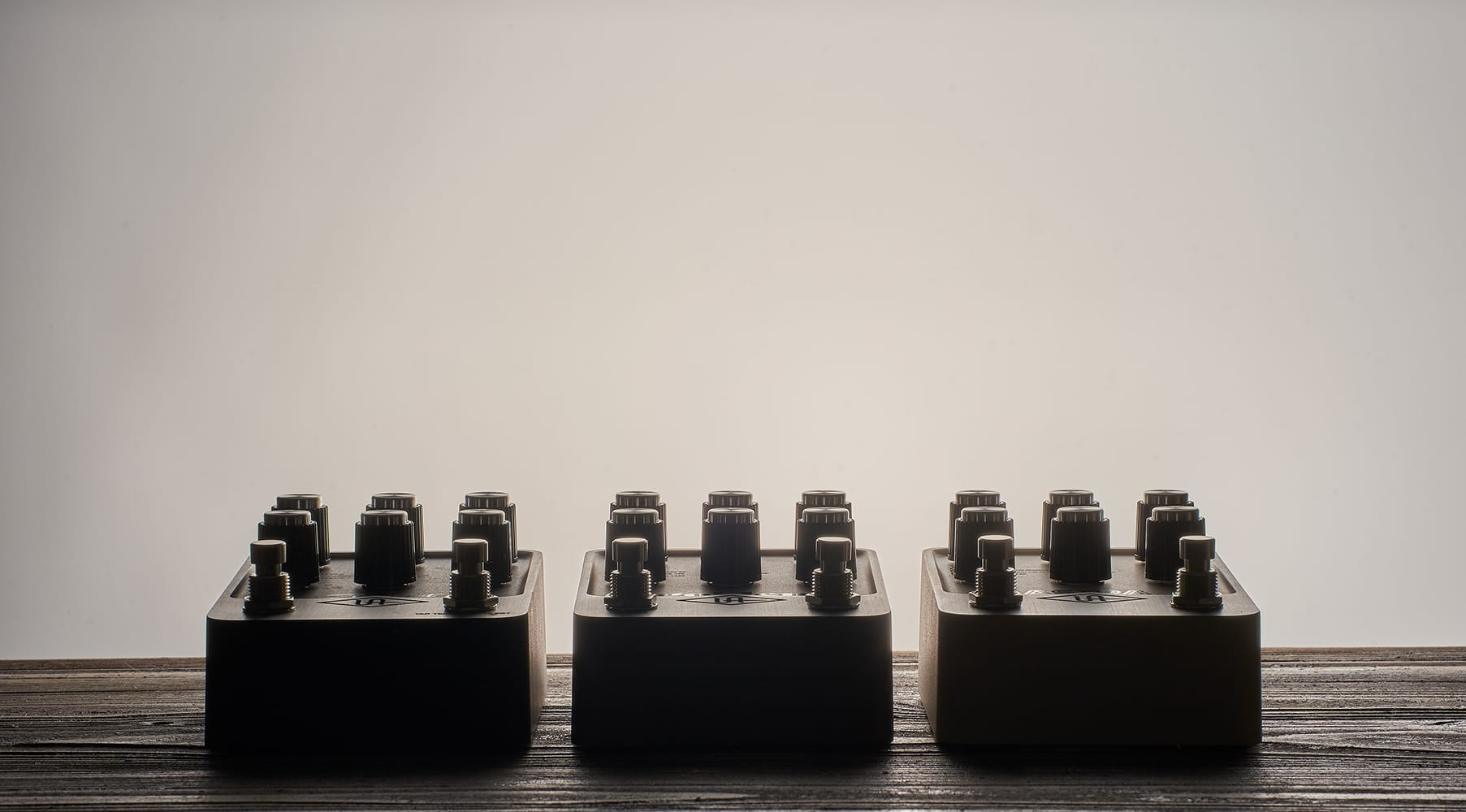 Universal Audio UAFX ペダル・シリーズ「リバーブ」「ディレイ」「モジュレーション」の3機種を発表!