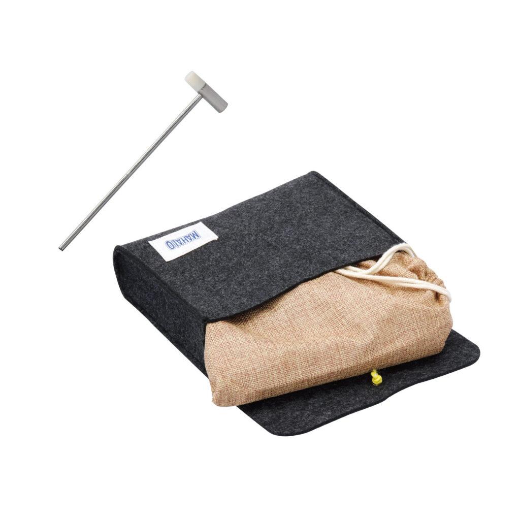 MAHALO M-KALIMBA カリンバ 付属品 フェルト製の柔らかい印象のケースとチューニングハンマー