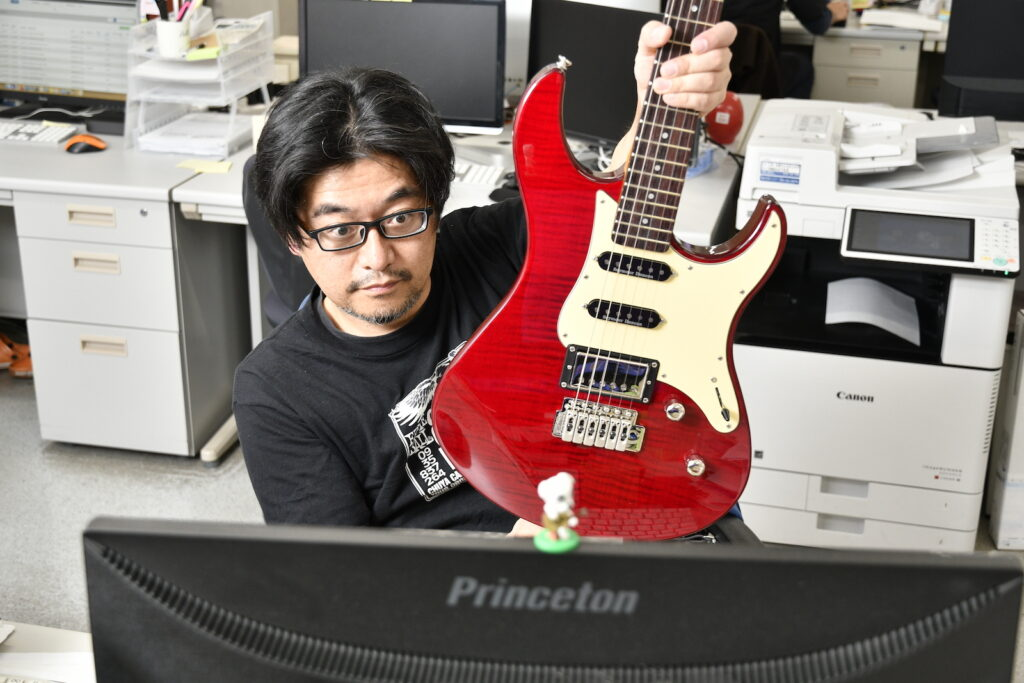 YAMAHA PACIFICA 612V Ⅱ FMX FRDと山根