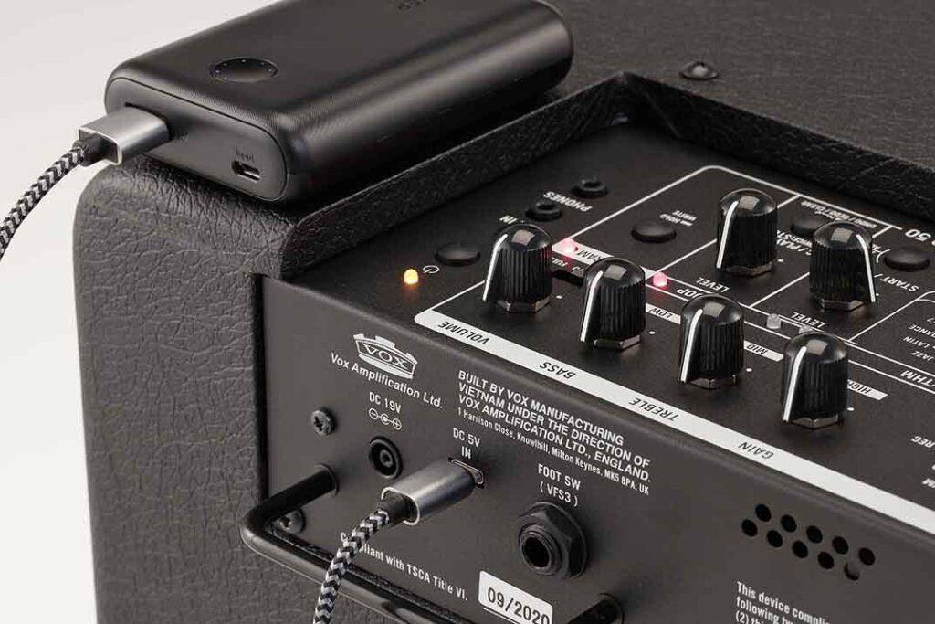 VOX MINI GOシリーズアンプDC5Vのモバイルバッテリー駆動にも対応
