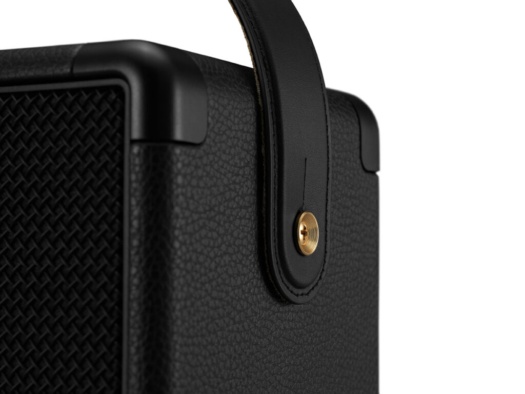 MARSHALL KILBURN Ⅱ Black and Brass ワイヤレススピーカー ストラップピン部分拡大画像